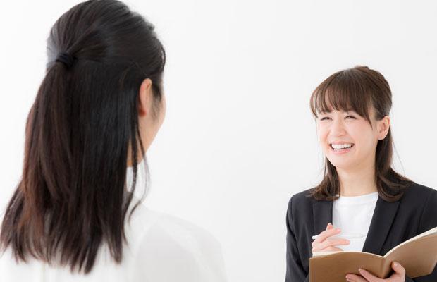 看護師と転職コンサルタントの面談